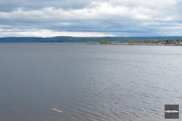 La crue printanière du lac Saint-Jean a atteint,... (Archives Le Quotidien, Laura Lévesque)