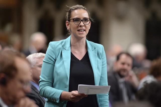 La députée du NPD Ruth Ellen Brosseau... (La Presse Canadienne, Sean Kilpatrick)
