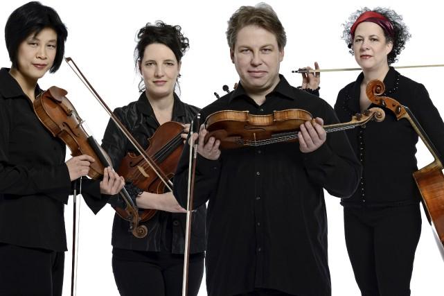 Le Quatuor Bozzini, c'est Alissa Cheung, Stéphanie Bozzini,... (Collaboration spéciale, Michael Slobodian)