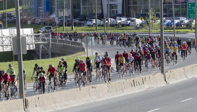 Les cyclistes du Tour du Silence 2016 ont... (Spectre Média, René Marquis)