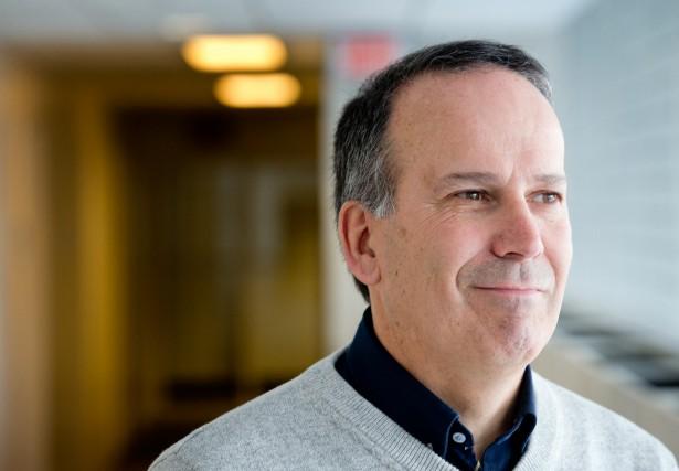 Robert Gagné, professeur à HEC Montréal... (PHOTO MARCO CAMPANOZZI, archives LA PRESSE)