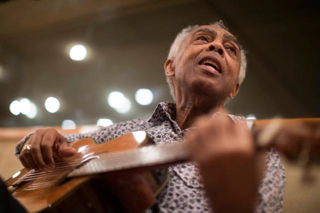 Le chanteur Gilberto Gilest l'un des artistes les... (Photo Felipe Dana, AP)