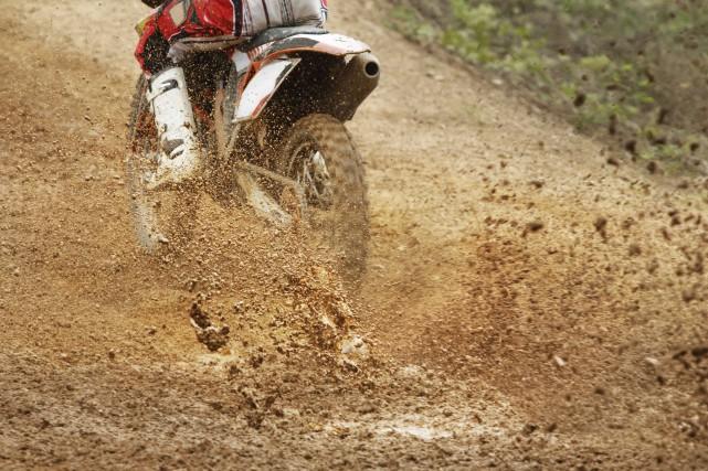Le projet de piste de motocross prévu à Saint-Félicien est contesté. La Ville... (123rf)