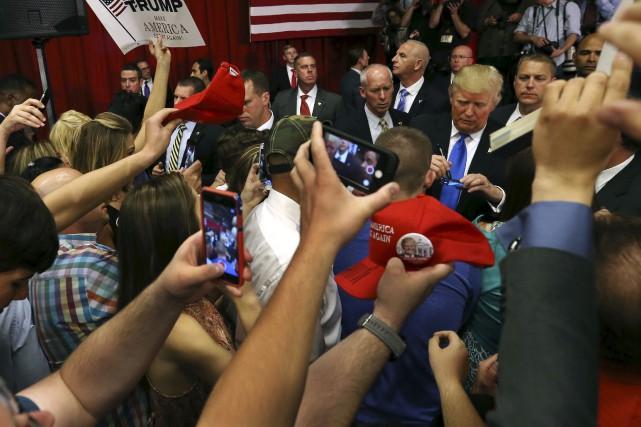Donald Trump, qui a fait courir les foules... (AP, Mel Evans)