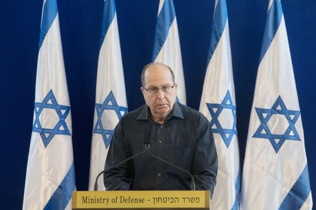 MosheYaʿalon, membre du parti Likoud (droite) de M.Nétanyahou... (PHOTO SEBASTIAN SCHEINER, AP)