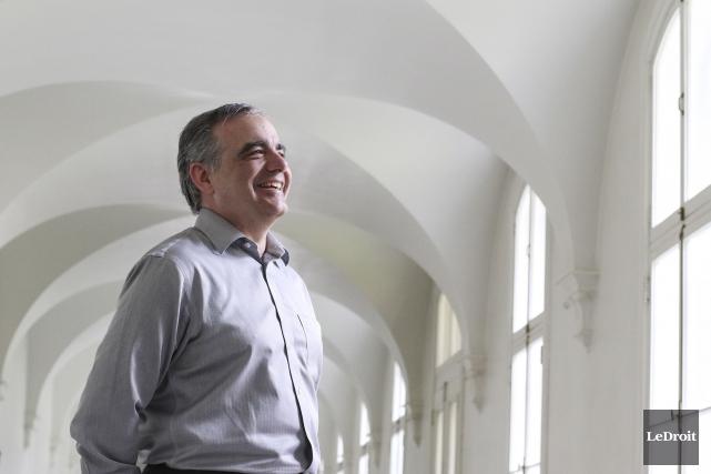Le père Maxime Allard souhaite que le Collège... (Patrick Woodbury, LeDroit)
