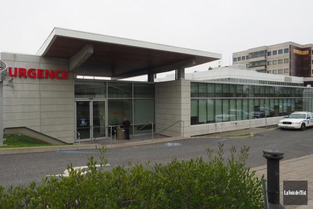Année après année, la situation dans les urgences du Québec fait la une des... (Alain Dion, La Voix de l'Est)