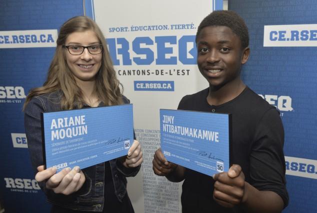 Ariane Moquin, du Séminaire de Sherbrooke, et Jimy... (Spectre Média, Maxime Picard)