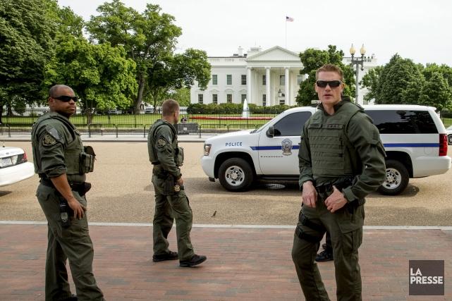 Les bâtiments du Congrès américain et de la... (Associated Press)