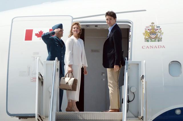 Justin Trudeau et son épouse Sophie Grégoire ont... (PHOTO SEAN KILPATRICK, PC)