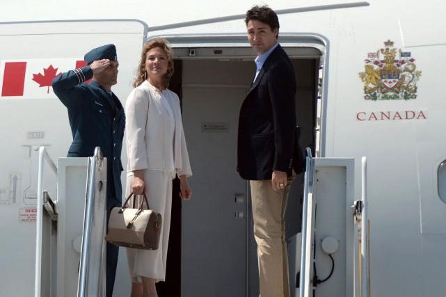 Justin Trudeau et sa femme Sophie Grégoire sont... (La Presse Canadienne, Sean Kilpatrick)