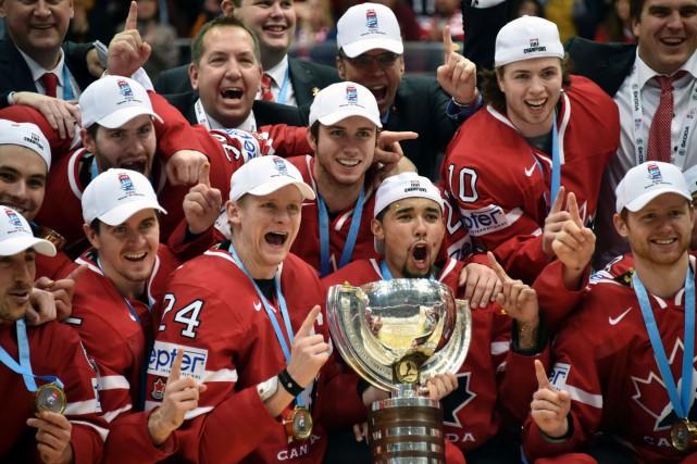 Les représentants du Canada ont rebondi de belle... (AFP, Alexander Nemenov)