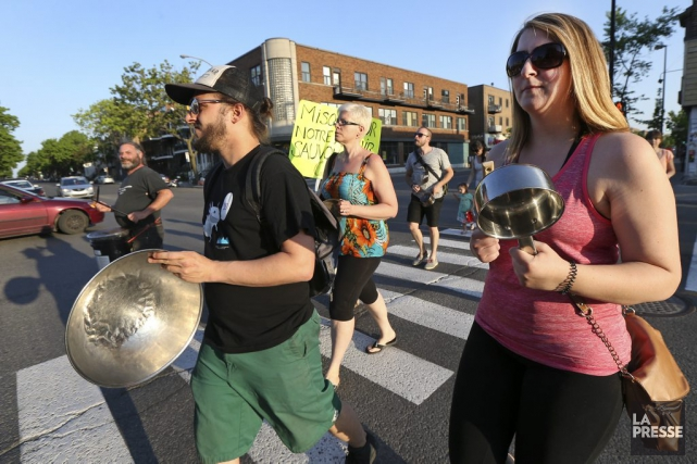 Des rassemblements ont eu lieu à sept endroits... (Photo Robert Skinner, La Presse)