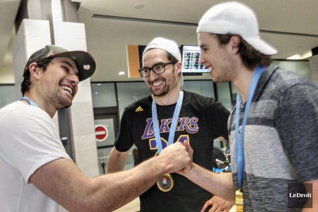 Les joueurs de hockey Cody Ceci, Mark Stone... (Simon Séguin-Bertrand, LeDroit)