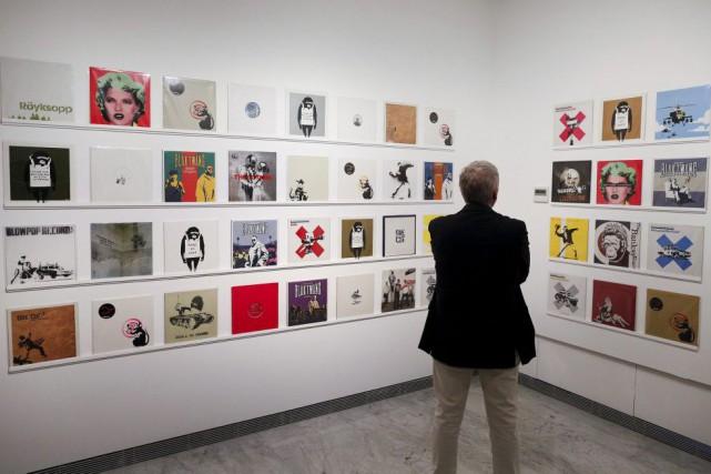 Mettre en place cette exposition «a été une... (PHOTO TONY GENTILE, REUTERS)