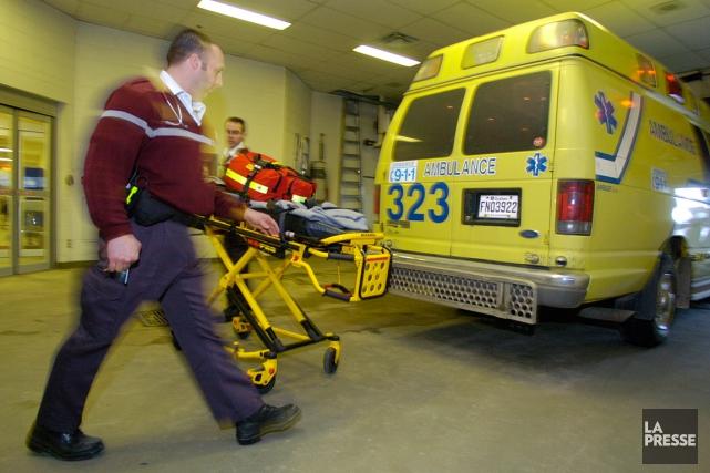 Un accident de la route a fait un blessé grave très tôt jeudi matin à... (PHOTO ROBERT SKINNER, ARCHIVES LA PRESSE)