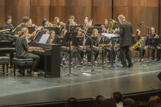 Le Vicas Big Band de l'école le Boisé... (Spectre média, Marie-Lou Béland)