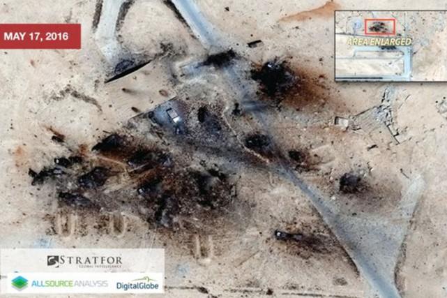 Des images satellitaires montrent qu'une base aérienne en Syrie utilisée par... (IMAGE STRATFOR/BBC)