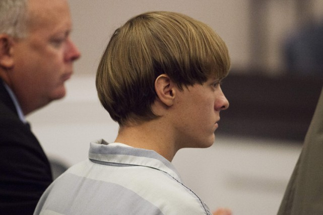 Dylann Roof, un Blanc qui professe sa haine... (PHOTO ARCHIVES REUTERS)