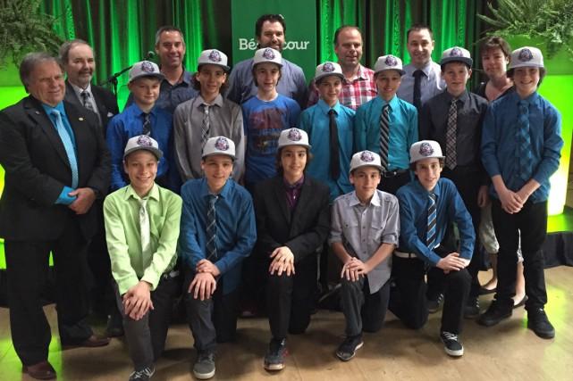 Les membres de l'équipe de hockey les Amiraux de Nicobec pee-wee CC ont été... (Andréane Tardif)