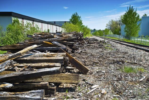 Cette pile de bois, située en bordue de... (Spectre Média, Jessica Garneau)