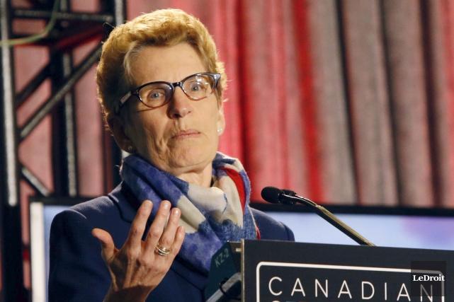 La première ministre Kathleen Wynnea indiqué avoir convoqué... (Simon Séguin-Bertrand, Archives LeDroit)