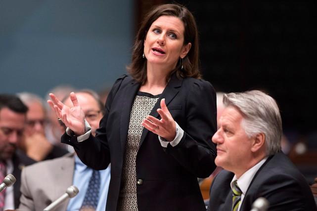 Québec décapite littéralement son projet de loi en... (Photo Jacques Boissinot, PC)