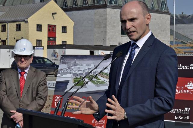 Le ministre libéral Jean-Yves Duclos a proposé à... (Le Soleil, Patrice Laroche)