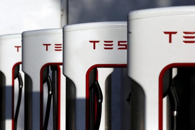 Tesla va construire trois autres Superchargeurs rapides au Québec d'ici peu, a...