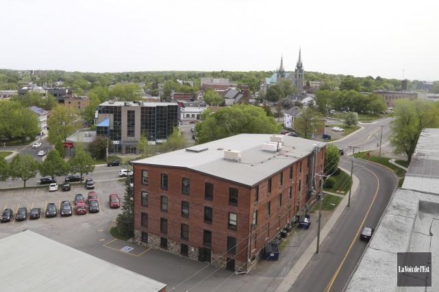 Une terrasse commune aux locataires pourrait être aménagée... (Janick Marois, La Voix de l'Est)