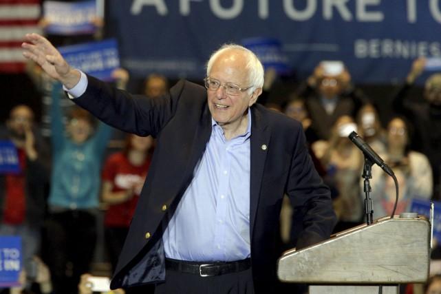 Bernie Sanders, politicien indépendant, est une figure singulière... (Associated Press)