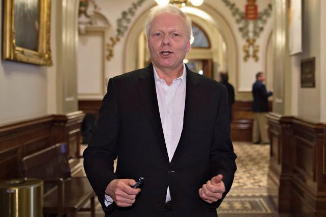 Jean-François Lisée, candidat à la direction du Parti... (JACQUES BOISSINOT, ARCHIVES LA PRESSE CANADIENNE)
