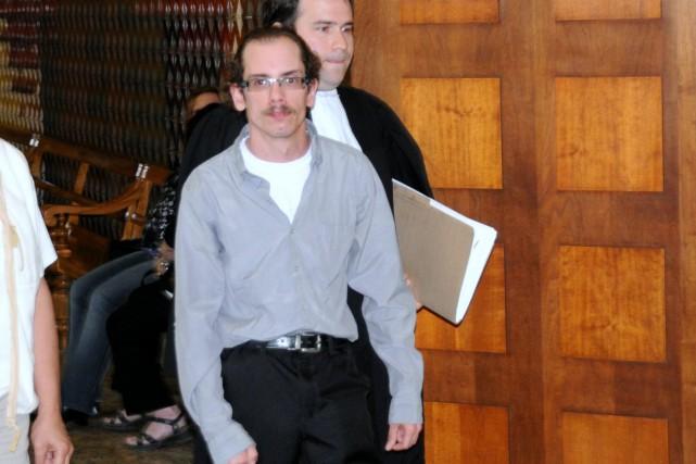 Simon Lajeunesse-Black est accusé de voies de fait... (Éric Beaupré)