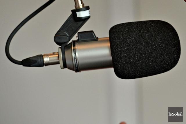 Les deux stations de Bell Média demeurent en tête des sondages radio dans le... (Archives Le Soleil)