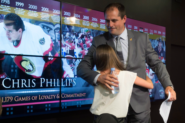 Le défenseur des Sénateurs d'Ottawa Chris Phillips a... (Photo Adrian Wyld, PC)