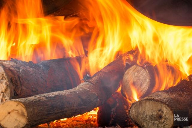 Une interdiction d'allumer des feux à ciel ouvert à Sherbrooke a été émise... (Archives La Presse)