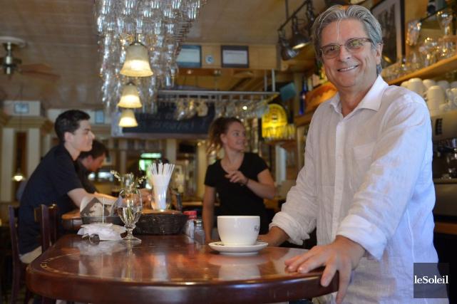 Claude Lambert a fondé le Café au Temps... (Le Soleil, Yan Doublet)