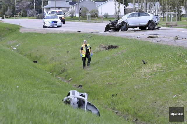 Deux femmes ont trouvé la mort dans un... (Photo Le Quotidien, Rocket Lavoie)