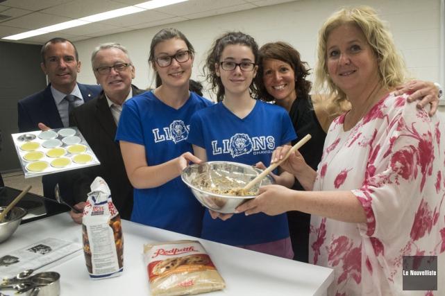 L'école secondaire Chavigny dispose maintenant d'un laboratoire culinaire.... (Stéphane Lessard, Le Nouvelliste)
