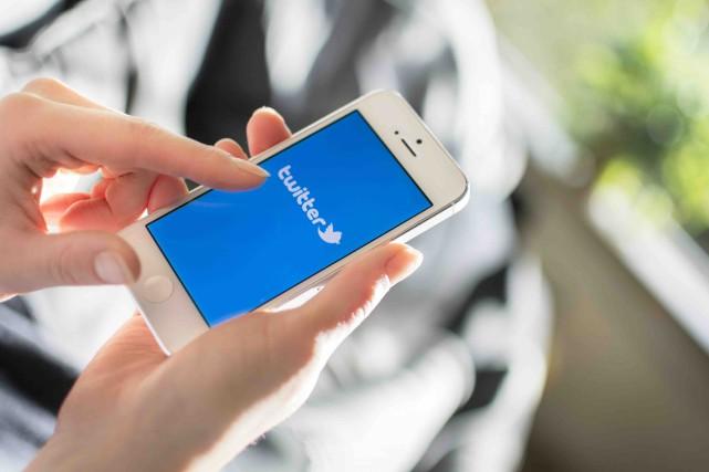 Sur Twitter comme dans les médias traditionnels, les... (123RF/Marcel De Grijs)