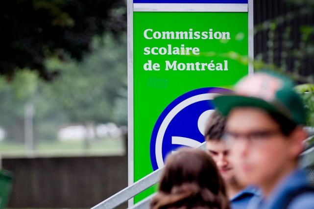 La commissaire Violaine Cousineaudéposera ce soir, au conseil... (PHOTO MARCO CAMPANOZZI, ARCHIVES LA PRESSE)