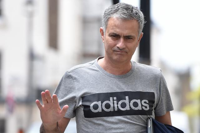 Manchester United a offert un contrat de trois... (Photo Toby Melville, Reuters)