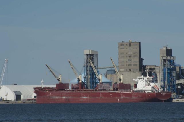 Le port de Trois-Rivières... (Sylvain Mayer)