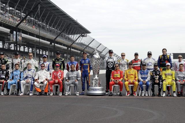 Les pilotes en lice pour la 100e édition... (AP, Darron Cummings)