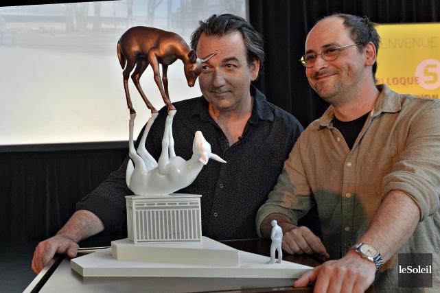 Les artistes Cooke-Sasseville ont dévoilé jeudi la maquette... (Le Soleil, Patrice Laroche)