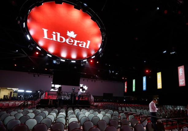 De nombreux militants sont réunis à Winnipeg pour... (Photo John Woods, La Presse Canadienne)