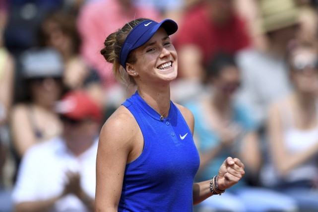 Elena Svitolina affrontera Serena Williams au prochain tour.... (Agence France-Presse, Martin Bureau)