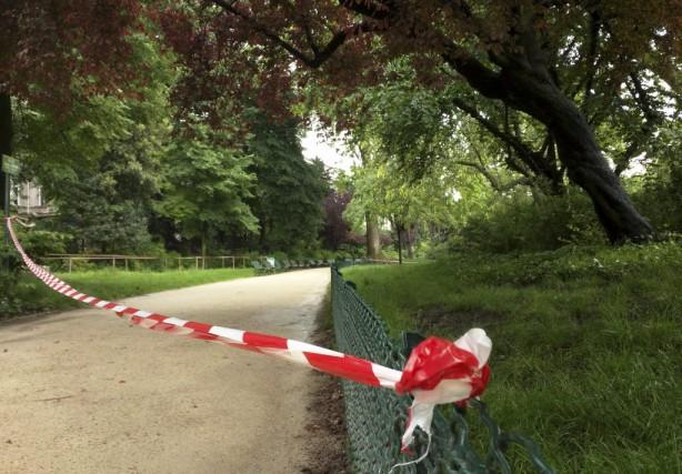 La foudre a frappé à Paris au parc... (Photo Raphael Satter, AP)