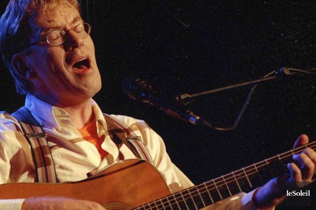 Dick Annegarn avait offertun concert empreint d'humour, de... (Photothèque Le Soleil)