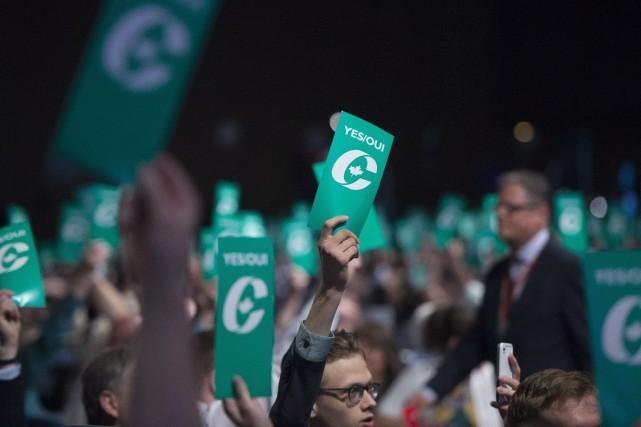 Le Parti conservateur a ainsi réglé une fois... (Photo Jonathan Hayward, La Presse Canadienne)